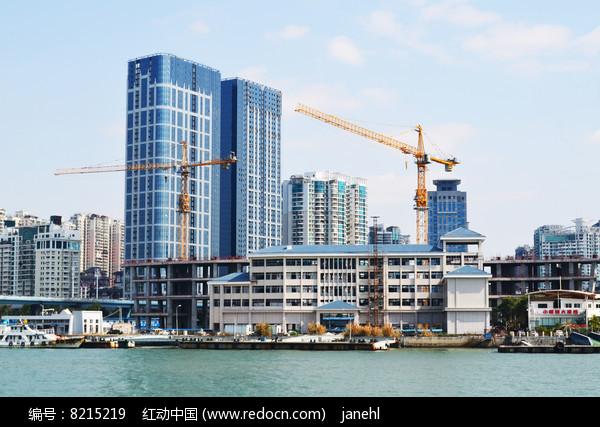 海边城市风光图片