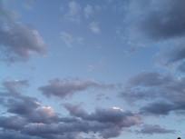 紫色云朵图片