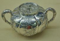 文物白银精品梅兰竹菊纹糖缸