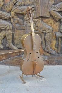 雕塑大提琴