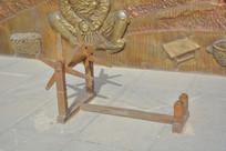 雕塑陕北纺纱车