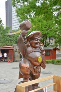 雕像财源弥勒佛