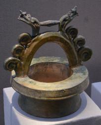 文物绿釉陶井