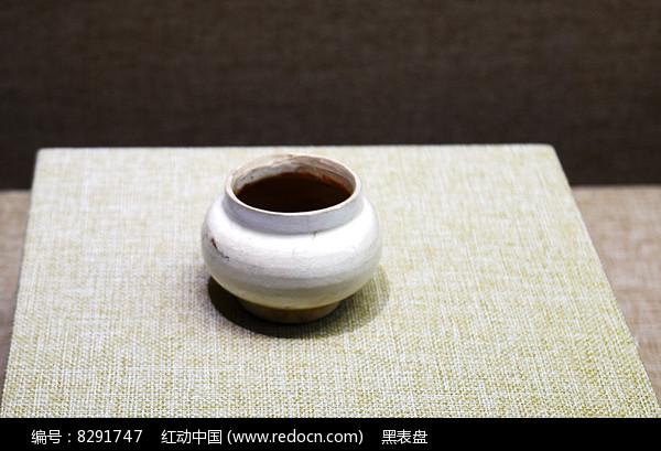 白釉罐图片