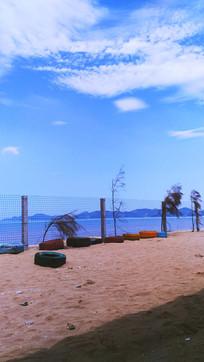 沙滩天空白云