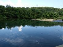 河面风景美