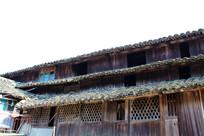 三层木房子