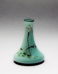 手绘荷花青瓷瓶