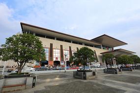 武昌火车站的广场