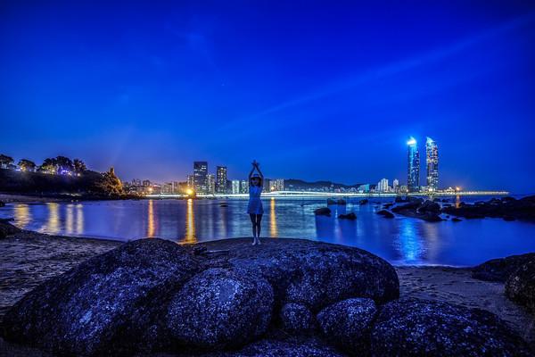 厦门海边夜景
