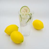 冰爽柠檬茶