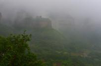 林虑山云雾