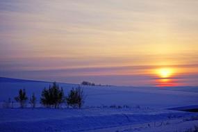 雪原日出风景