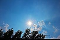 正午的太阳