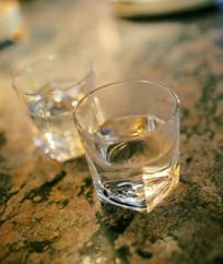 透明的玻璃杯子