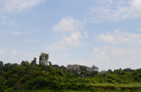山顶石头和别墅