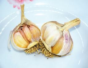 蒜瓣食材特写图