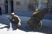 中华巴洛克雕塑街头