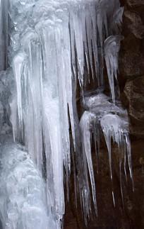 冬季挂冰美景图片