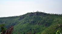绿色的山岭高清图片