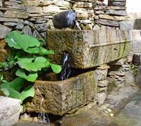石槽流水创意小景观