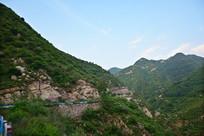 山腰上的公路