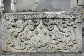 清代石雕龙纹基座