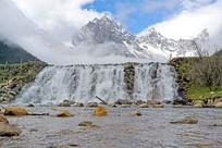 高原海子水坝瀑布