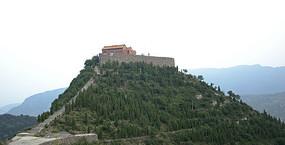 山顶上的石佛寺