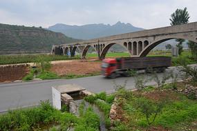 河南林州境内公路
