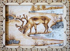 鄂温克风格的民间桦树皮画