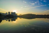 惠州南湖夕阳下的景色