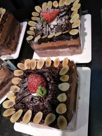 巧克力蛋糕近拍
