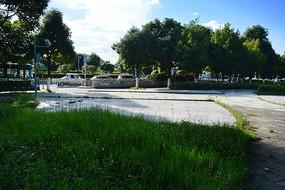 贵阳观山湖街头绿化与草坪