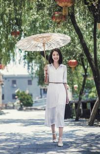 茶山南社明清古村落的阳光美女