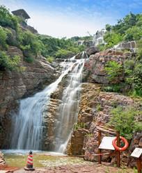 万安山瀑布景观摄影