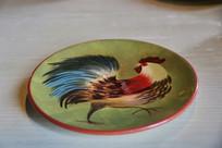 公鸡图案盘子