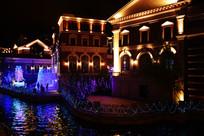 梦幻灯光节的水边景色