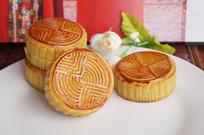 美味中秋节月饼拍摄图