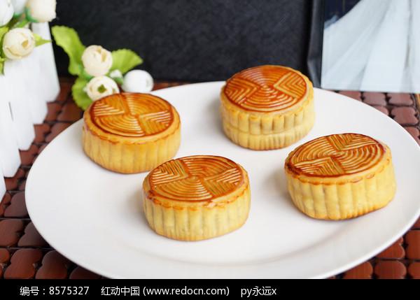 四个中秋月饼拼盘图图片