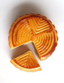 中秋节奶黄月饼俯视图