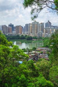 俯视惠州西湖和城市建筑景观