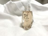 迷你粉色香水玻璃瓶
