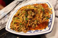 鱼香肉丝摄影图