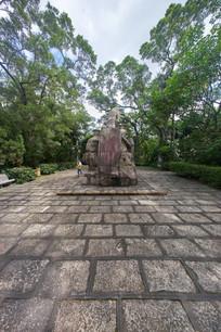 惠州东征战士雕塑背面
