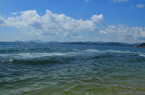 蓝天白云大海风景图片