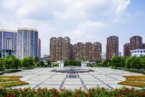 辽宁科技大学广场与建筑