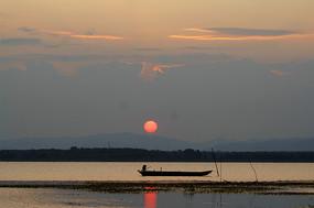 太阳升起后的美景