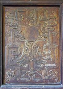 抽象龙纹门板雕饰