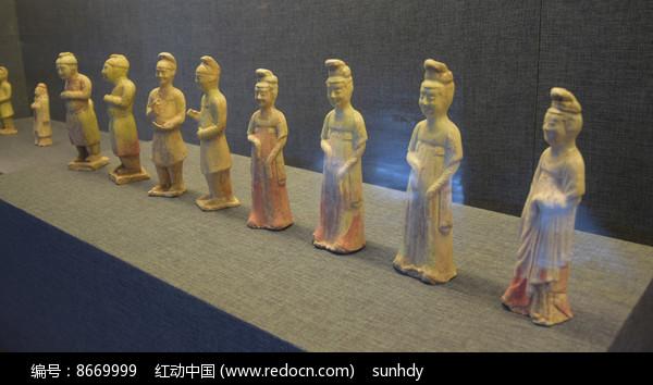 古装人物雕塑展示图片